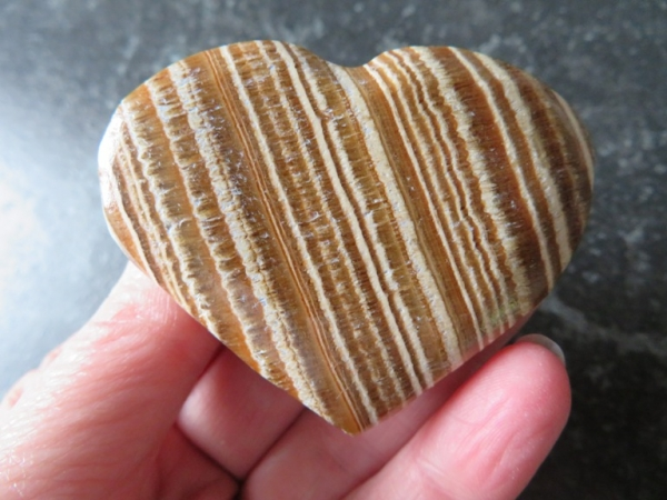 aragonite heart 70