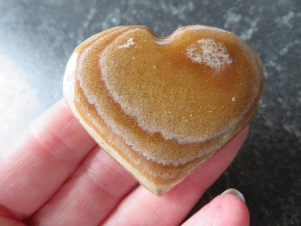 aragonite heart 81